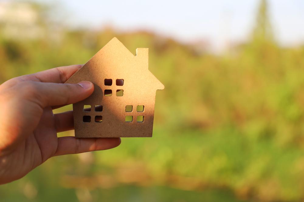 住んでいる家を相続させる場合はどうすれば良いの?