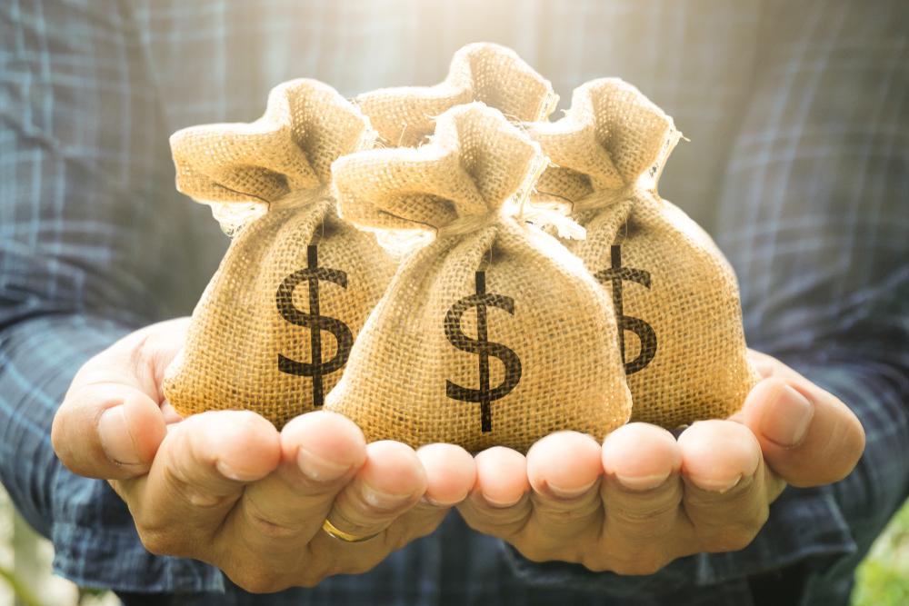 退職金をうまく運用すれば老後は安心?主な運用方法をご紹介